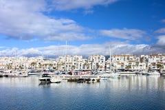 Puerto Banus Marina på Costa del Solenoid Arkivbild