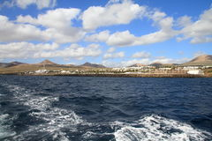 Puerto Calero Lanzarote från havet Royaltyfria Bilder