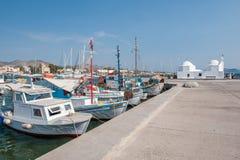 Puerto de Aegina, Grecia Imágenes de archivo libres de regalías