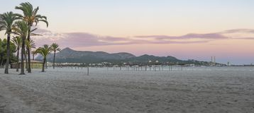 Puerto de Alcudia strand arkivbilder