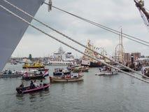 Puerto de Amsterdam durante la vela 2015 Foto de archivo libre de regalías