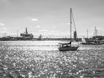Puerto de Baltimore blanco y negro Foto de archivo libre de regalías