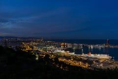 Puerto de Barcelona por noche Imagen de archivo libre de regalías