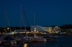 Puerto de Borgholm por noche Fotografía de archivo