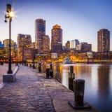 Puerto de Boston y distrito financiero imagen de archivo