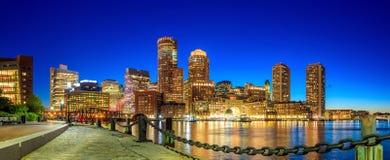 Puerto de Boston y distrito financiero imagen de archivo libre de regalías