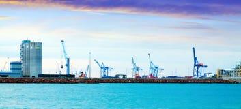 Puerto de Castellon -后勤学在Castellon de la Plana端起 库存图片
