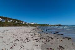 Puerto de Clonakilty - vista de la playa de Inchydoney Fotos de archivo libres de regalías