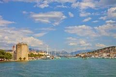 Puerto de Croacia Trogir Fotografía de archivo