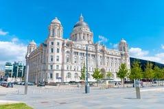 Puerto de edificio de Liverpool Fotos de archivo libres de regalías
