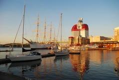 Puerto de Göteborg (Goteburgo) Puesta del sol Imágenes de archivo libres de regalías