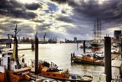 Puerto de Hamburgo imágenes de archivo libres de regalías