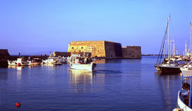 Puerto de Heraklión, Crete imagen de archivo