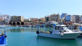 Puerto de Heraklion y puerto veneciano en la isla de Creta, Grecia fotografía de archivo