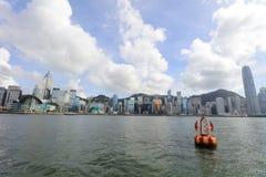 Puerto de Hong Kong en el tiempo 2017 del día Fotos de archivo libres de regalías