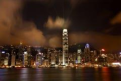 Puerto de Hong-Kong en la noche Lightshow de Kowloon Fotos de archivo libres de regalías