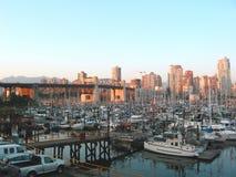 Puerto de la ciudad Imágenes de archivo libres de regalías