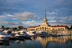 Puerto de la ciudad de Sochi Fotos de archivo libres de regalías