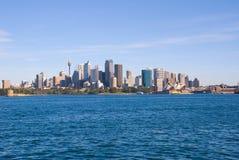 Puerto de la ciudad y del puerto de Sydney Fotos de archivo libres de regalías