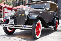 PUERTO DE LA CRUZ - JULI 14: Ford Model A på Exposicion de vehi Royaltyfri Bild