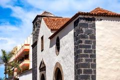 2019-03-21 Puerto de la Cruz, Santa Cruz de Tenerife El Ermita de San Juan es la iglesia más vieja de la ciudad imagenes de archivo