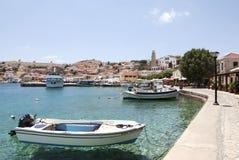 Puerto de la isla de Chalki foto de archivo