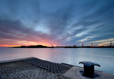 Puerto de la puesta del sol imagenes de archivo