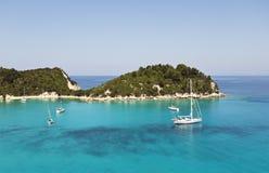Puerto de Lakka en Paxos Grecia Imágenes de archivo libres de regalías