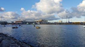 Puerto de liffey de Dublín y del río foto de archivo