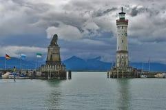 Puerto de Lindau en el día lluvioso, Bodensee, Gerrmany imágenes de archivo libres de regalías