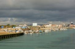 Puerto de Littlehampton en Sussex, Inglaterra Imágenes de archivo libres de regalías