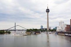 Puerto de los media de Düsseldorf y r Imagenes de archivo