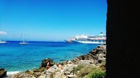 Puerto de Mandraki foto de archivo