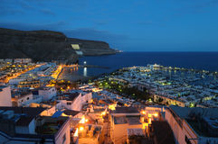 Puerto DE Mogan bij nacht stock foto