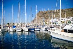 Iate em Puerto de Mogan, Gran Canaria Imagens de Stock Royalty Free