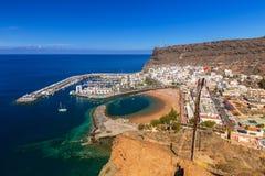 Puerto de Mogan stad på Gran Canaria Arkivfoto