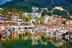 Puerto de Oporto de Soller, en Palma de Mallorca imágenes de archivo libres de regalías