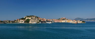 Puerto de Portoferraio, Elba Island, Italia Imagen de archivo libre de regalías