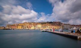 Puerto de Portoferraio en Elba foto de archivo libre de regalías