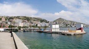 Puerto de Saranda, Albania foto de archivo