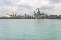 Puerto de Singapur Foto de archivo libre de regalías