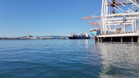 Puerto de terminal de contenedores de Tauranga Fotos de archivo libres de regalías