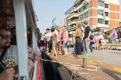 Puerto del barco para el viaje en el río Chao Phraya Foto de archivo libre de regalías