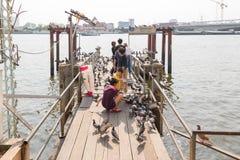 Puerto del barco para el viaje en el río Chao Phraya Imagen de archivo
