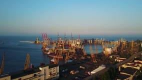 Puerto del comercio del infante de marina de Odessa almacen de metraje de vídeo
