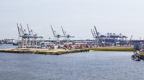 Puerto del envase en Hamburgo, Alemania, editorial Fotografía de archivo
