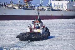 Puerto del invierno remolque Fotos de archivo
