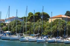 Puerto del ocio en Alghero, Cerdeña, Italia Fotos de archivo libres de regalías