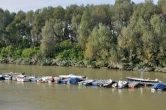 Puerto del río, Emilia Foto de archivo