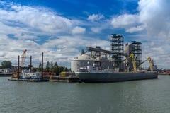 Puerto del silo de grano en Sorel-Tracy, control de calidad Imagenes de archivo